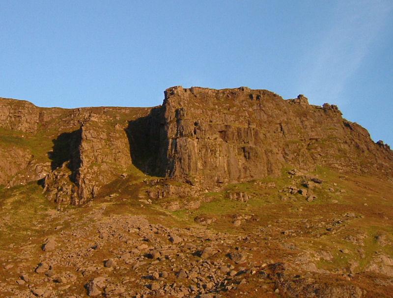 The cliffs at Foill an Priosun at dawn