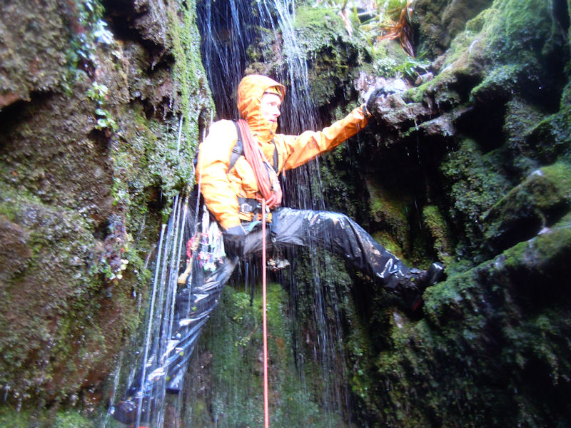 """Nearing the top of the tricky """"Dead Sheep Gully"""" in the Sgillogues on a damp day"""